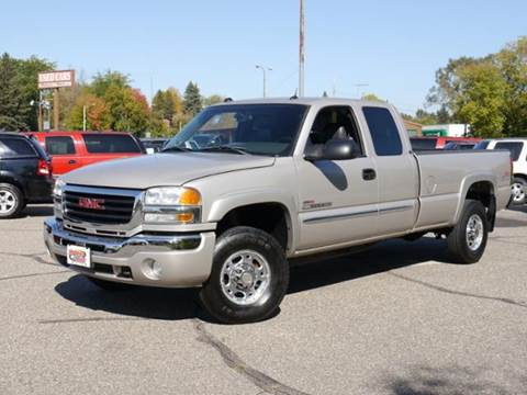 2005 GMC Sierra 2500HD for sale at MOTORS N MORE in Brainerd MN