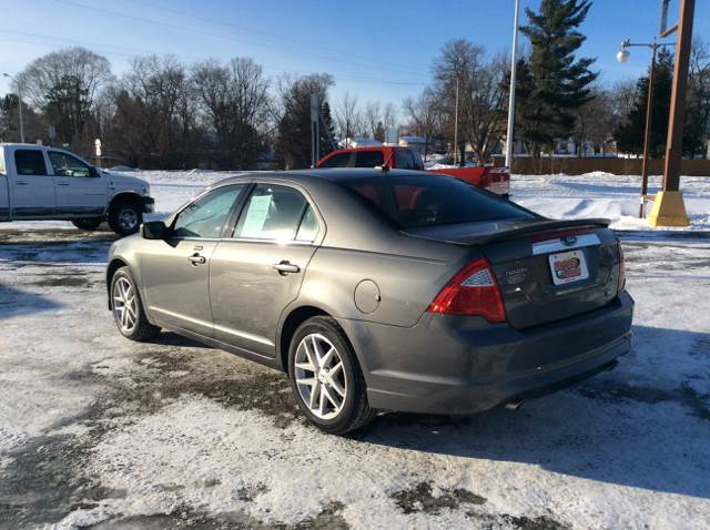 2010 Ford Fusion for sale at MOTORS N MORE in Brainerd MN
