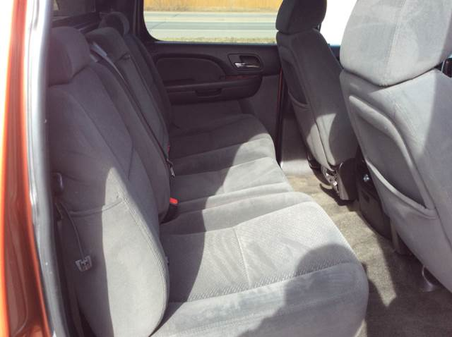 2007 Chevrolet Avalanche for sale at MOTORS N MORE in Brainerd MN