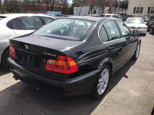 2003 BMW 3 Series 330xi (image 3)