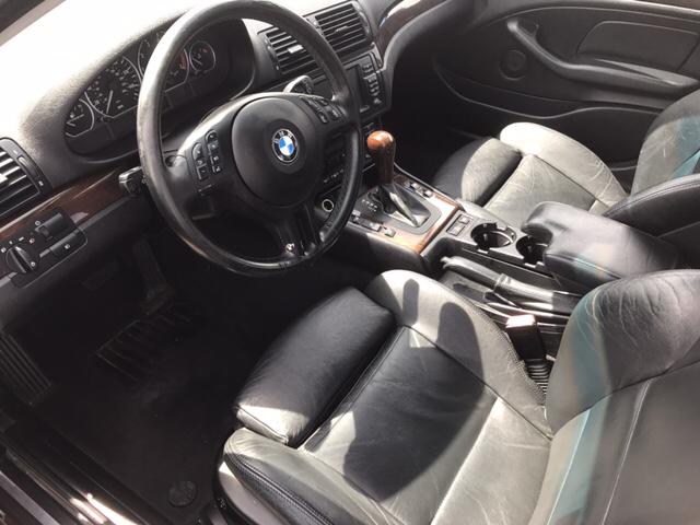 2003 BMW 3 Series 330xi (image 5)