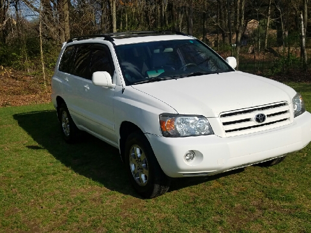 2007 Toyota Highlander for sale at Choice Motor Car in Plainville CT