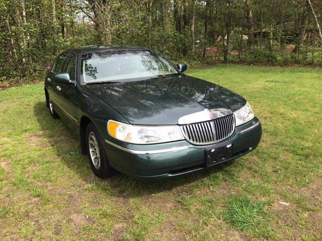2001 Lincoln Town Car Signature 4dr Sedan In Plainville Ct Choice