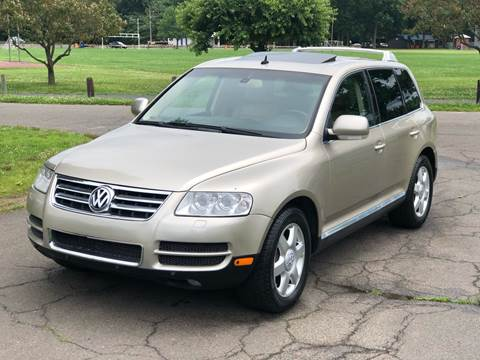 2004 Volkswagen Touareg V10 TDI for sale at Choice Motor Car in Plainville CT