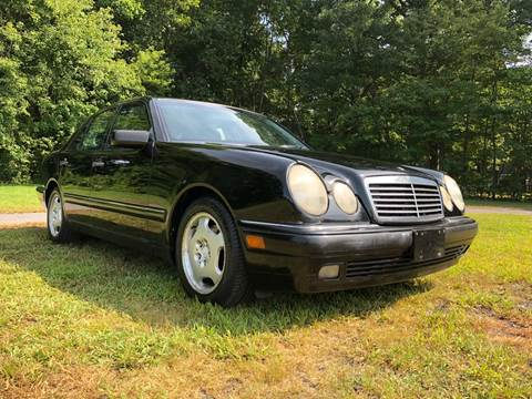 1999 Mercedes-Benz E-Class for sale at Choice Motor Car in Plainville CT