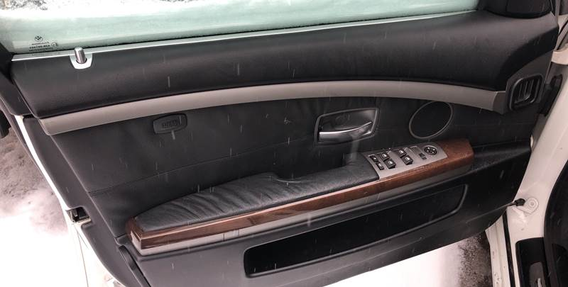 2004 BMW 7 Series 745i (image 20)