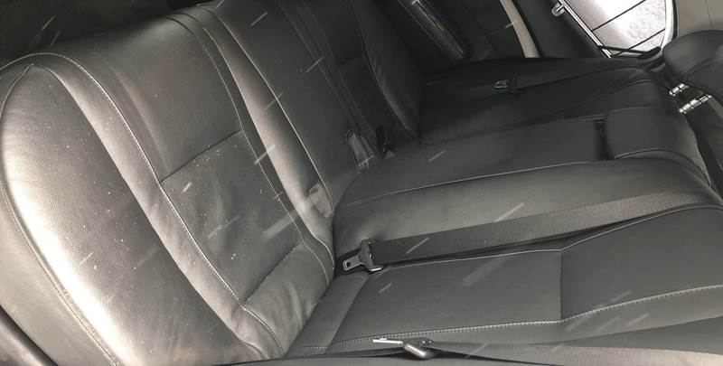 2004 BMW 7 Series 745i (image 21)