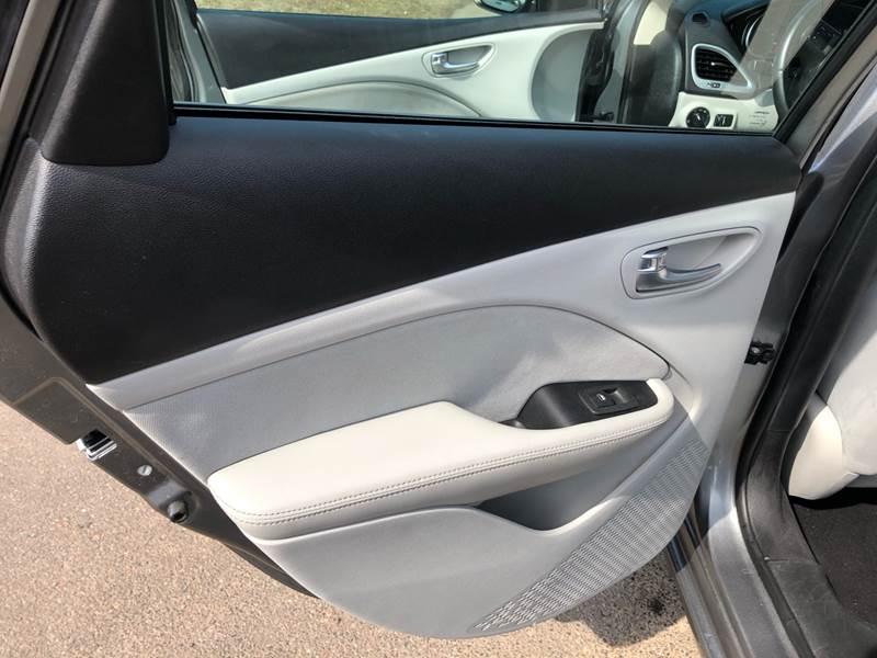 2013 Dodge Dart SXT (image 45)