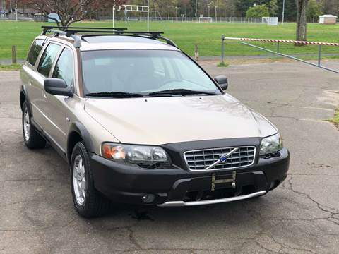 2001 Volvo V70 for sale at Choice Motor Car in Plainville CT