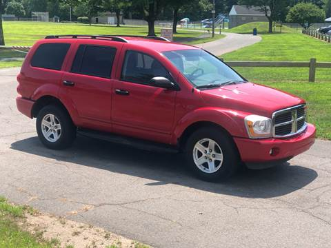 2004 Dodge Durango SLT for sale at Choice Motor Car in Plainville CT