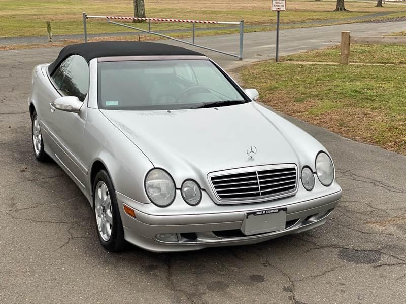 2002 Mercedes-Benz CLK CLK 320 (image 2)