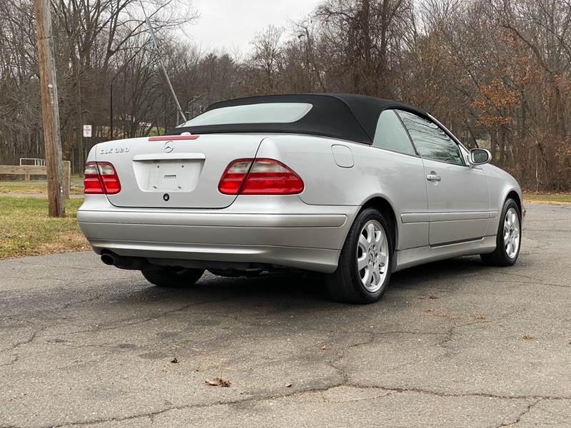2002 Mercedes-Benz CLK CLK 320 (image 8)