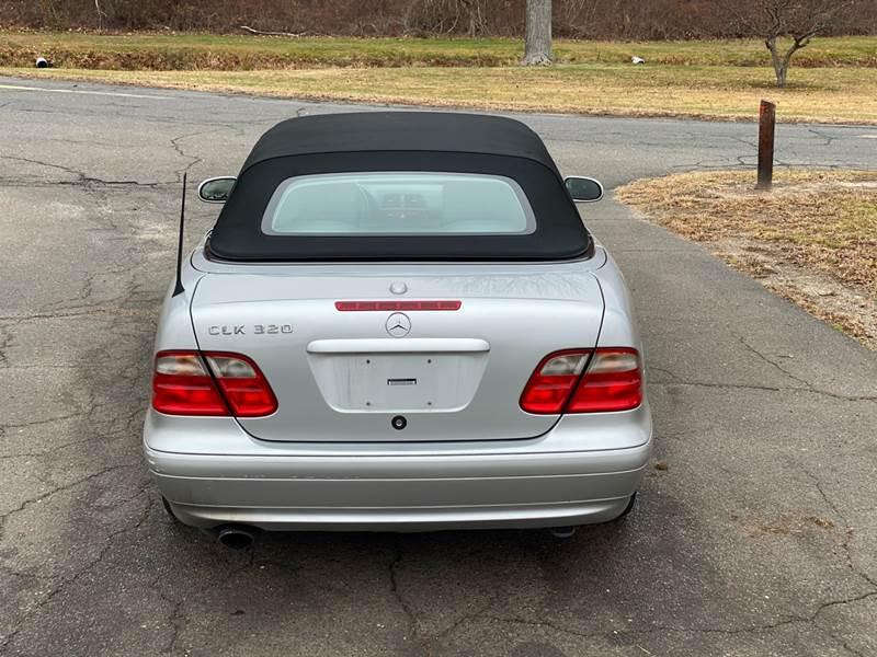 2002 Mercedes-Benz CLK CLK 320 (image 12)