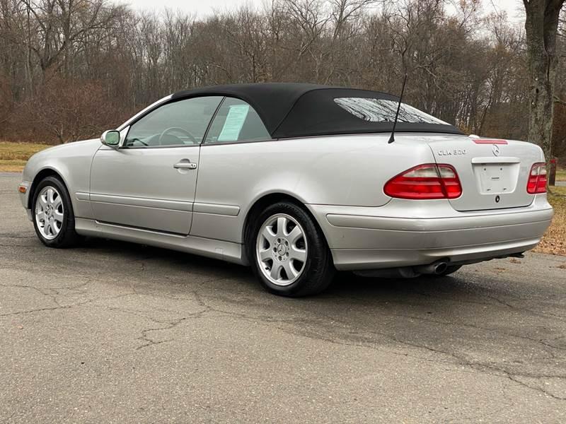 2002 Mercedes-Benz CLK CLK 320 (image 15)