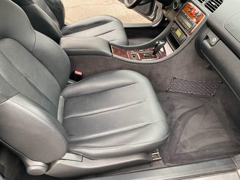 2002 Mercedes-Benz CLK CLK 320 (image 34)