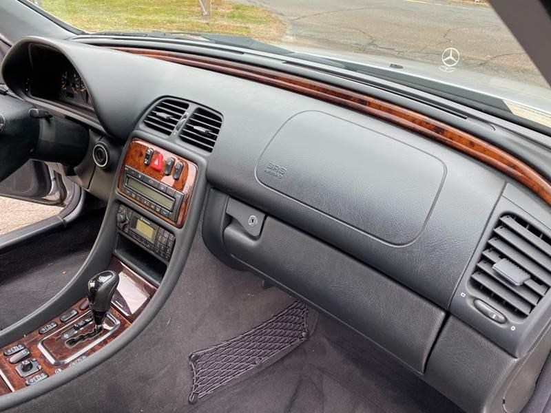 2002 Mercedes-Benz CLK CLK 320 (image 36)