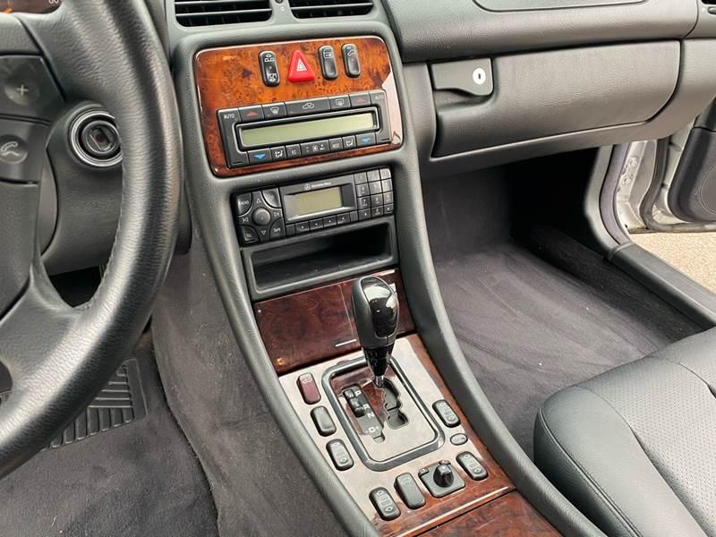 2002 Mercedes-Benz CLK CLK 320 (image 39)