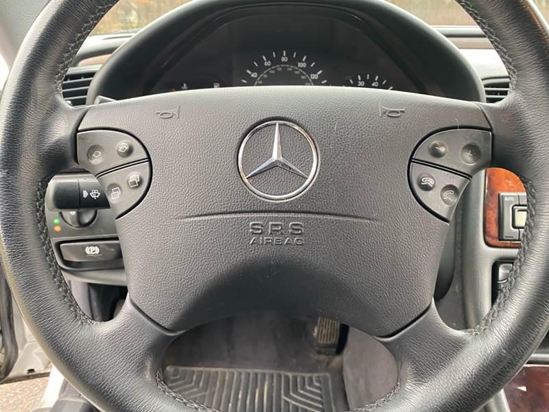 2002 Mercedes-Benz CLK CLK 320 (image 40)