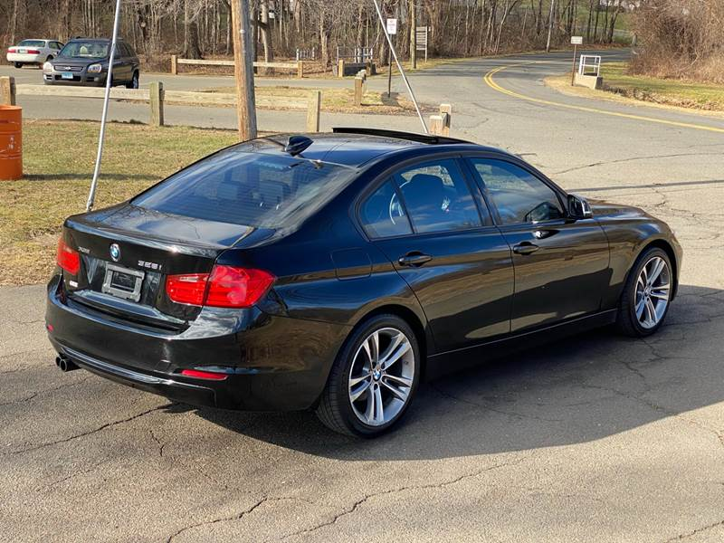2013 BMW 3 Series 328i xDrive (image 23)