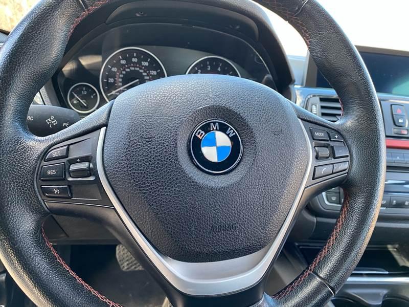 2013 BMW 3 Series 328i xDrive (image 28)