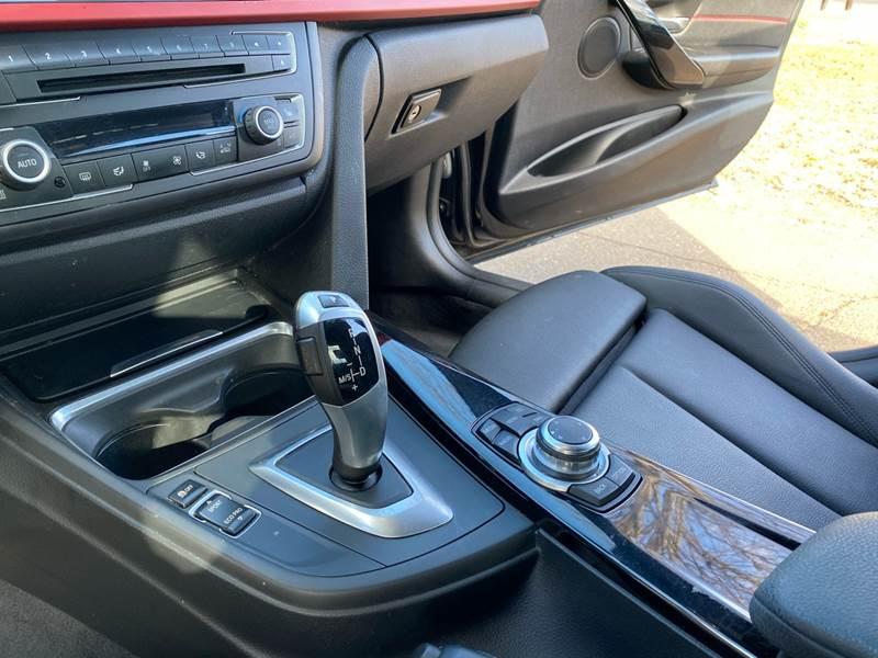 2013 BMW 3 Series 328i xDrive (image 29)