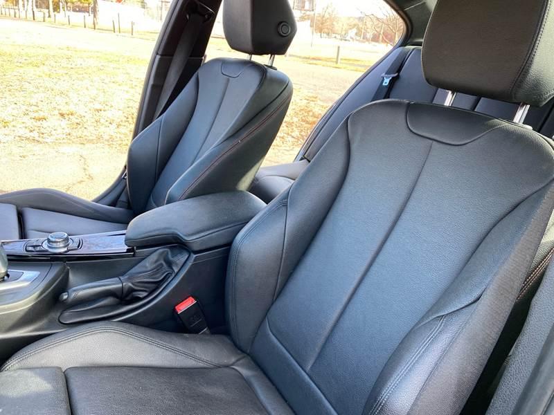 2013 BMW 3 Series 328i xDrive (image 31)