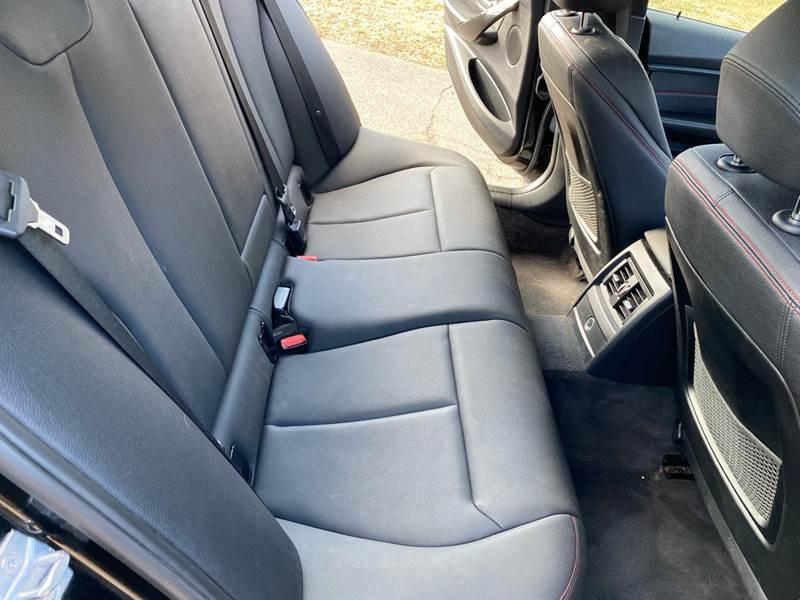 2013 BMW 3 Series 328i xDrive (image 34)