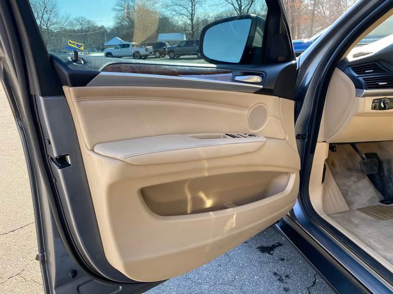2008 BMW X5 3.0si (image 39)