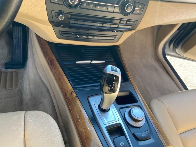 2008 BMW X5 3.0si (image 43)
