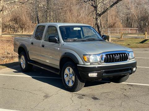 2002 Toyota Tacoma V6 for sale at Choice Motor Car in Plainville CT