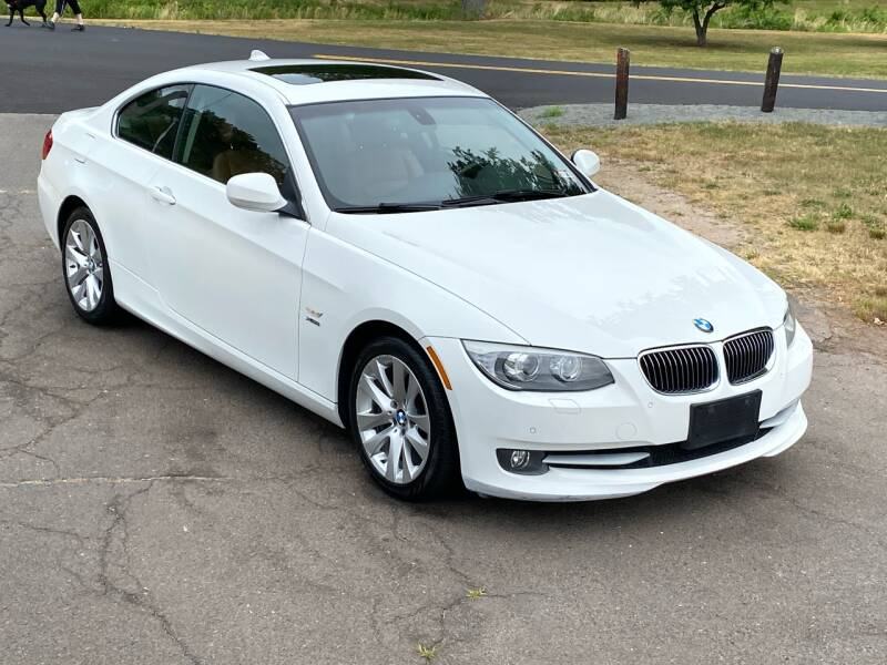 2013 BMW 3 Series for sale at Choice Motor Car in Plainville CT