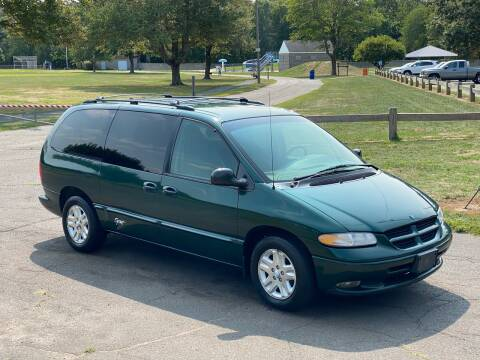 1997 Dodge Grand Caravan for sale at Choice Motor Car in Plainville CT
