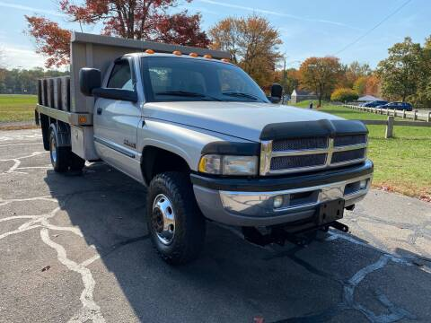 2002 Dodge Ram Chassis 3500 for sale at Choice Motor Car in Plainville CT
