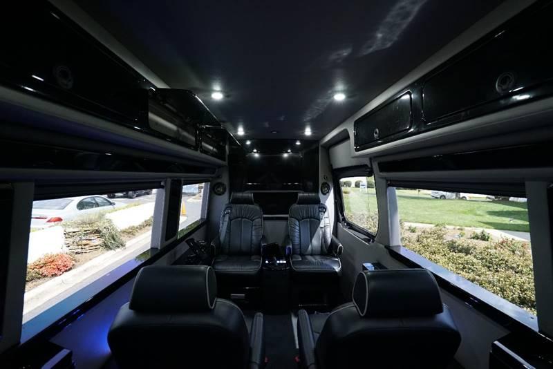 2015 Mercedes Benz Sprinter 4x2 2500 170 WB 3dr Passenger Van In