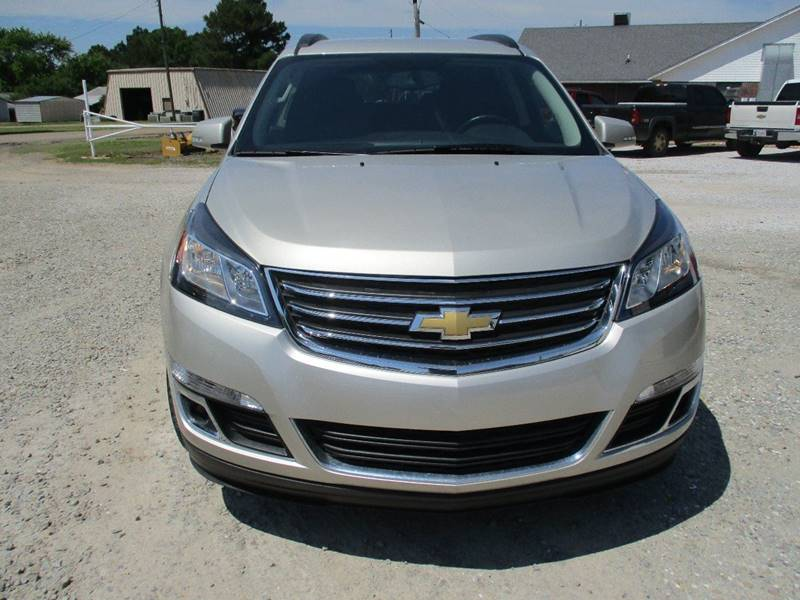 2017 Chevrolet Traverse for sale at MARTIN DUNN COUNTRY AUTO SALES INC. in Wister OK