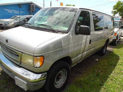 2002 Ford E-Series Wagon for sale in Jacksonville, FL