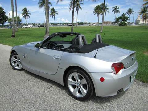 2006 BMW Z4 for sale at FLORIDACARSTOGO in West Palm Beach FL