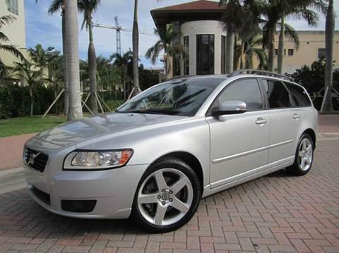 2008 Volvo V50 for sale at FLORIDACARSTOGO in West Palm Beach FL