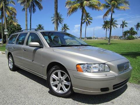 2005 Volvo V70 for sale at FLORIDACARSTOGO in West Palm Beach FL