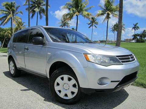 2008 Mitsubishi Outlander for sale at FLORIDACARSTOGO in West Palm Beach FL