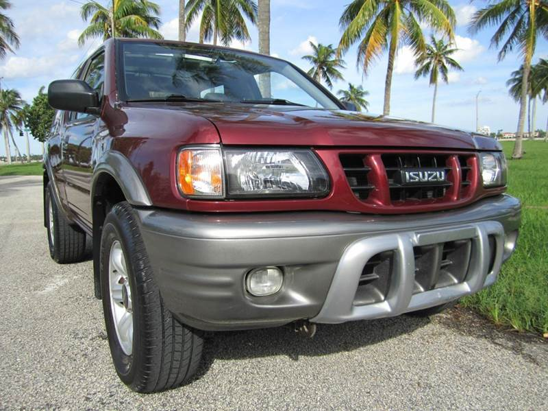 2002 Isuzu Rodeo Sport S Hard Top 2WD 2dr SUV In West Palm
