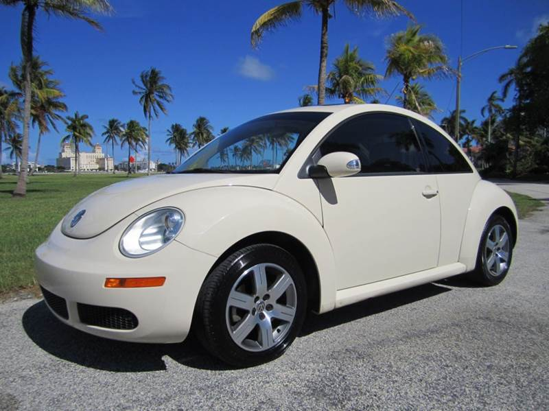 2006 Volkswagen New Beetle for sale at FLORIDACARSTOGO in West Palm Beach FL