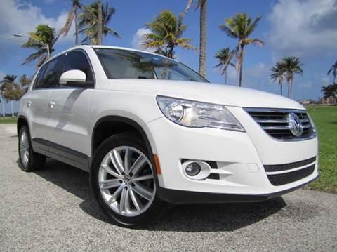 2011 Volkswagen Tiguan for sale at FLORIDACARSTOGO in West Palm Beach FL