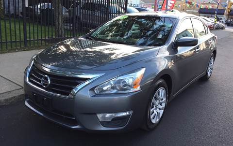 2015 Nissan Altima for sale at Commercial Street Auto Sales in Lynn MA