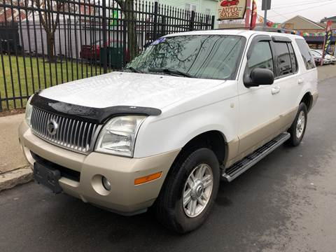 2004 Mercury Mountaineer for sale at Commercial Street Auto Sales in Lynn MA