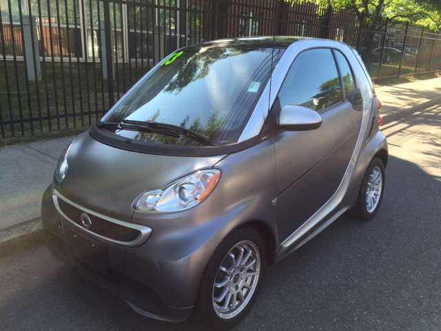 2013 Smart fortwo for sale at Commercial Street Auto Sales in Lynn MA