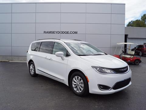2017 Chrysler Pacifica for sale in Harrison, AR