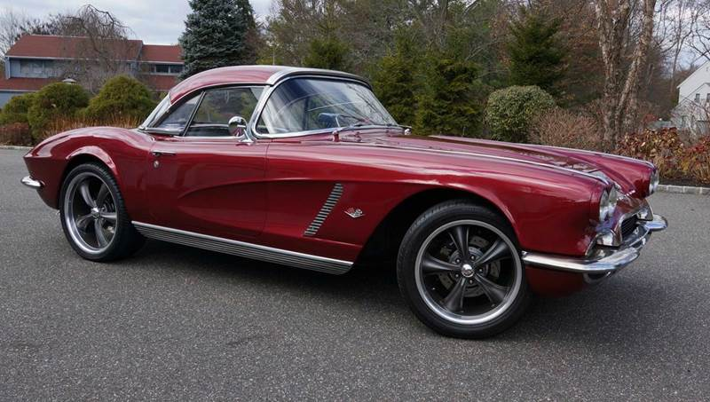 1962 Chevrolet Corvette for sale at Fiore Motors, Inc.  dba Fiore Motor Classics in Old Bethpage NY