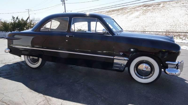 Ford Crestline Custom