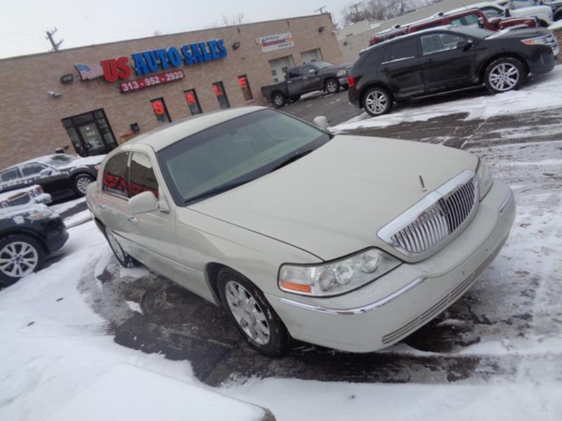 2007 Lincoln Town Car car for sale in Detroit